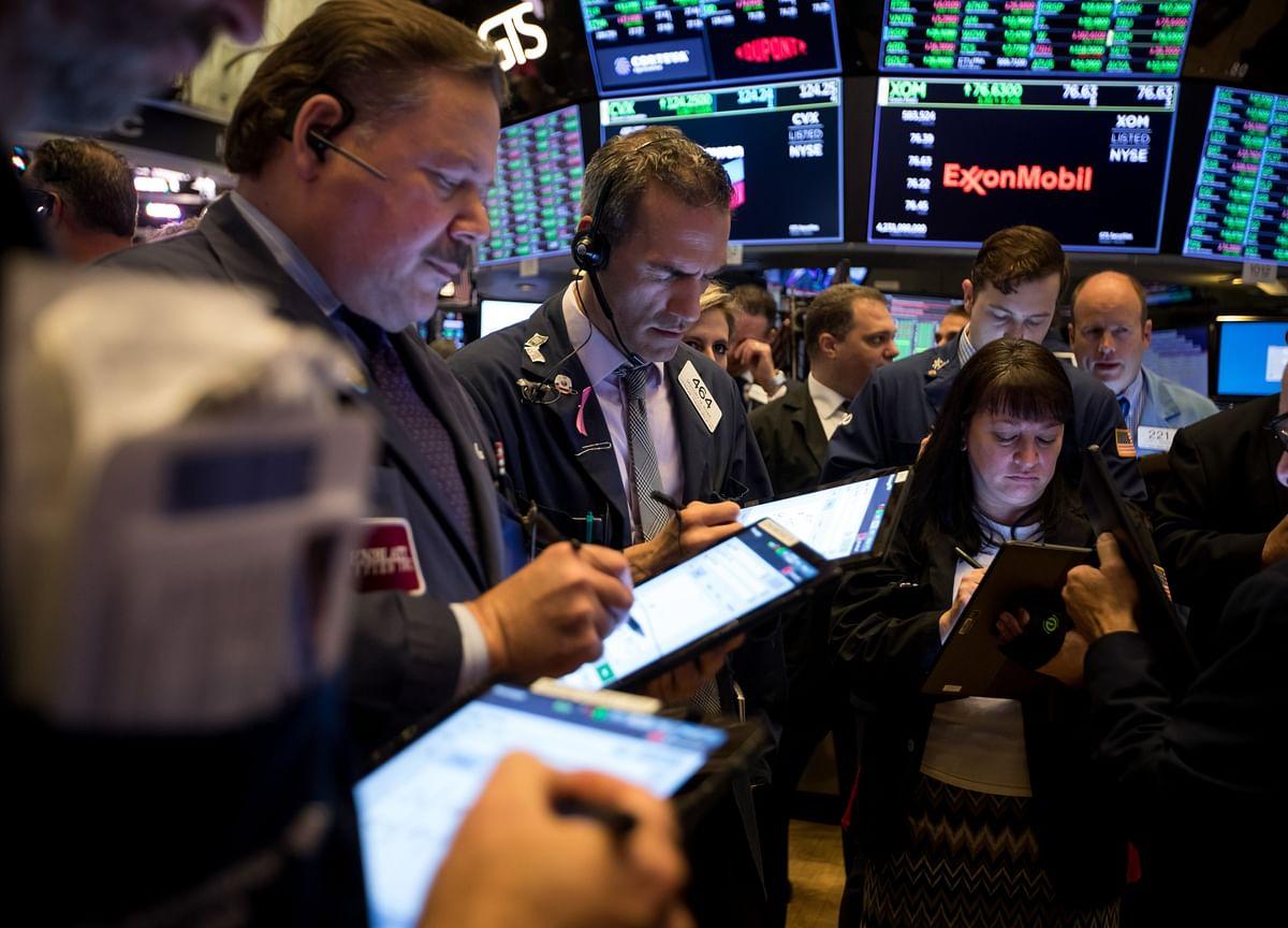 Stocks Edge Lower; Treasuries Fall, Oil Advances: Markets Wrap
