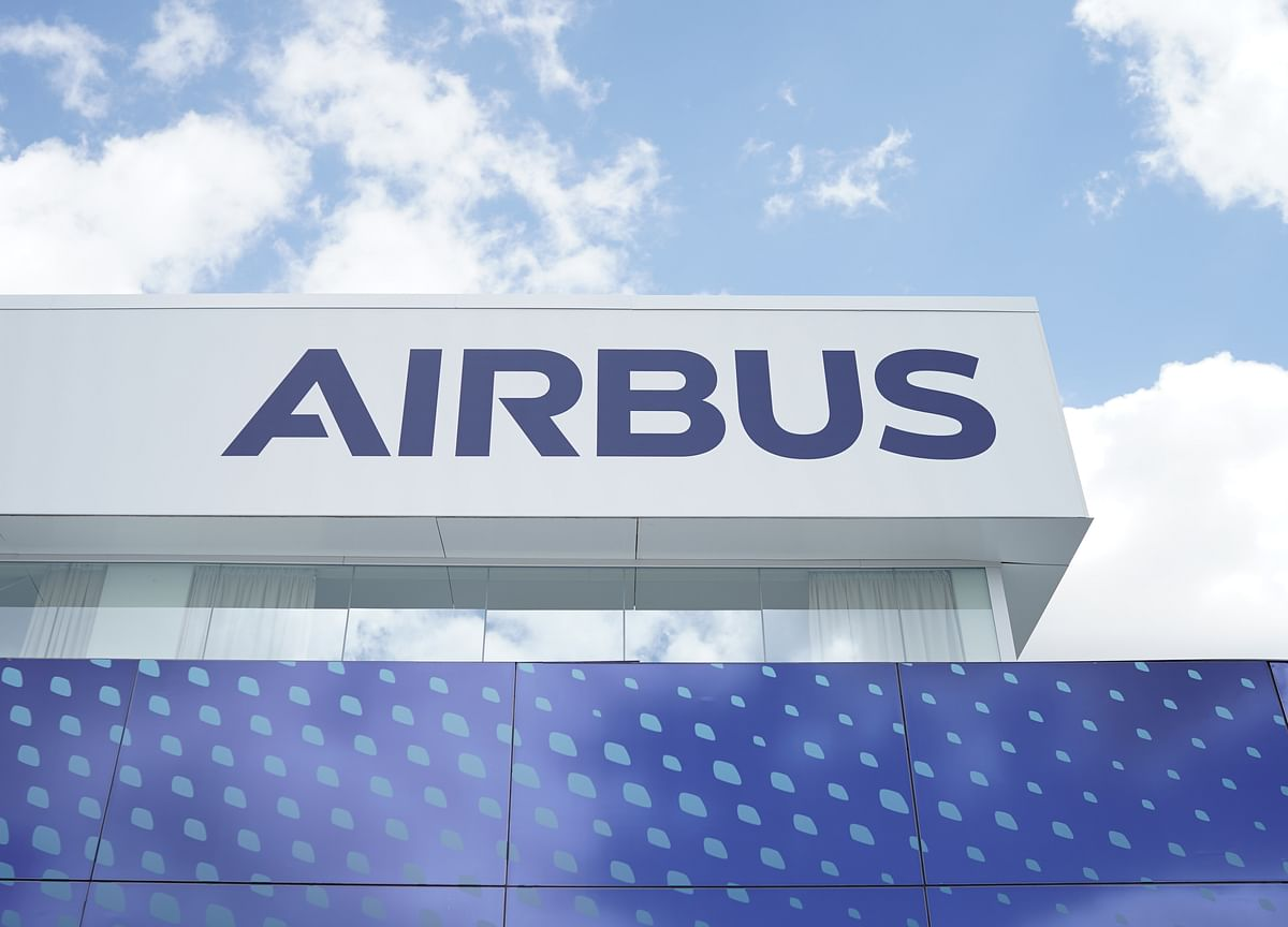 Airbus Launches New Longer Range A321 Plane in Swipe at Boeing