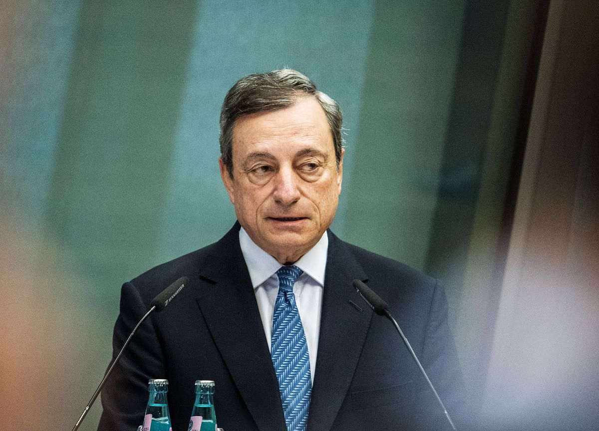 Draghi Shines Spotlight on Risks to Europe's Upstart Fintech Hub