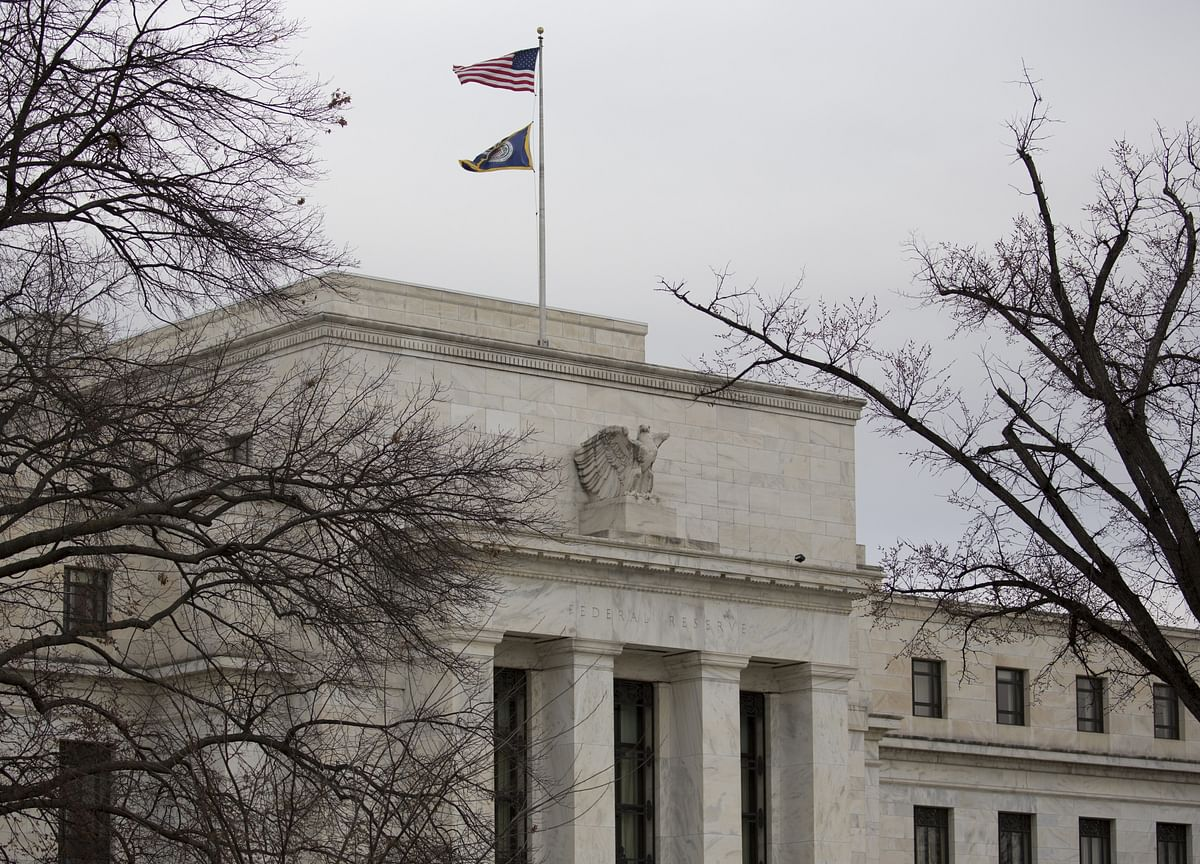 Bond Market's Marching Orders to Fed: Don't Dawdle on Rate Cuts