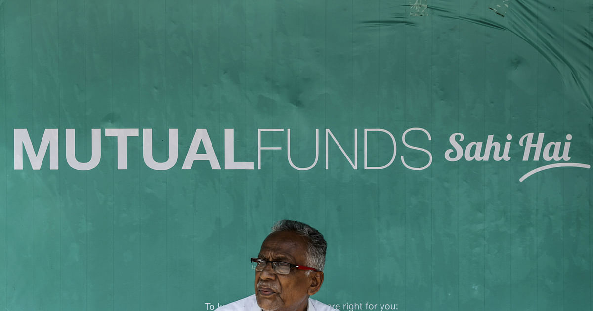 Mutual Funds' Selling Spree Continues As They Withdraw Rs 16,306 Crore From Equities In February - BloombergQuint