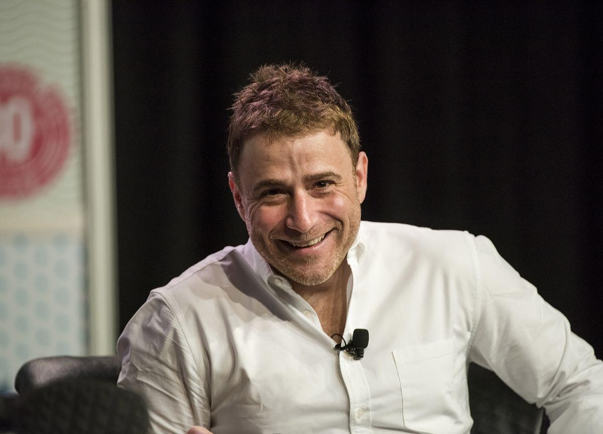 Slack CEO Is $400 Million Richer From Salesforce Deal Talks