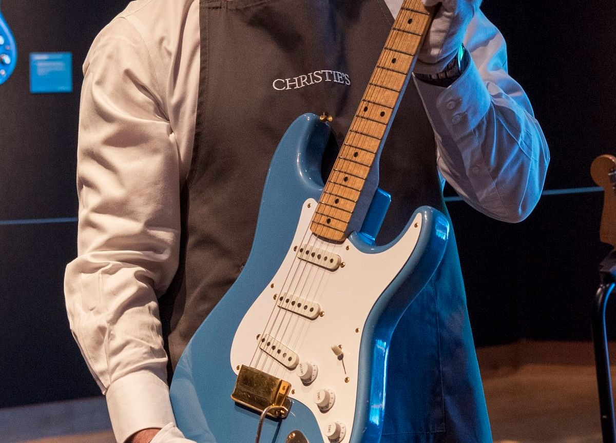 David Gilmour's Guitars Fetch $21.5 Million in Record Auction