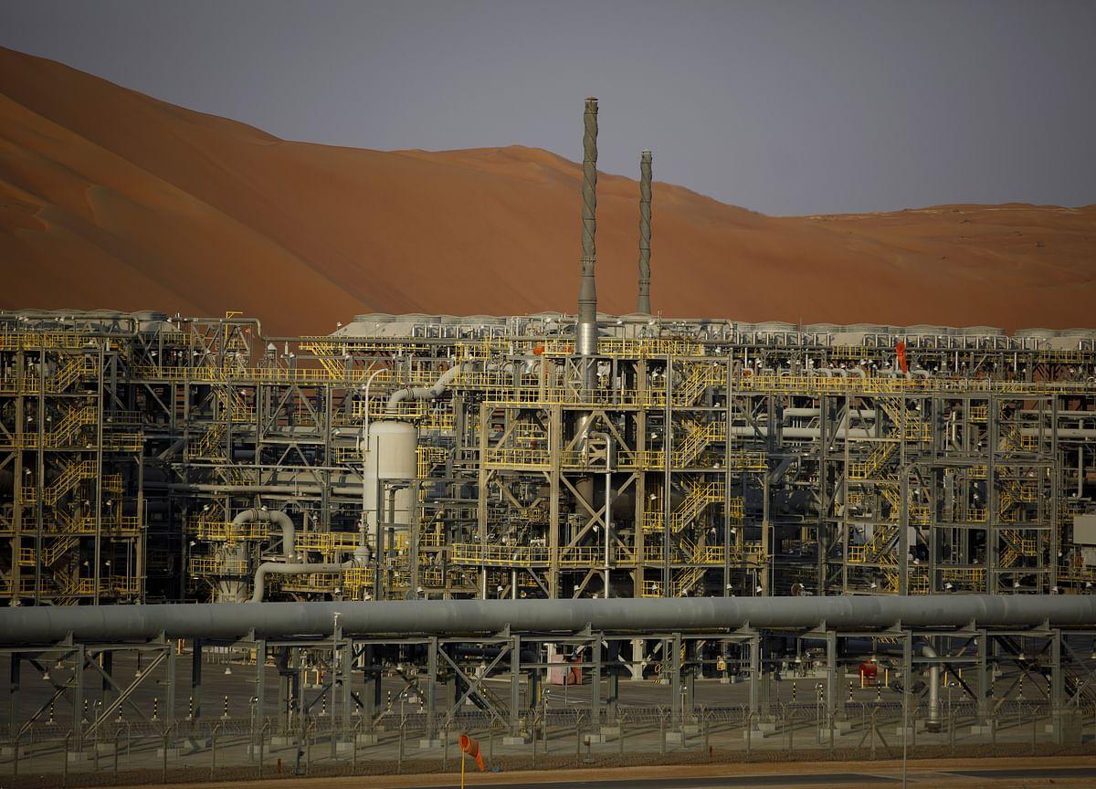 Saudis Take Iran's Oil-Market Share, Keeping OPEC Supply Steady