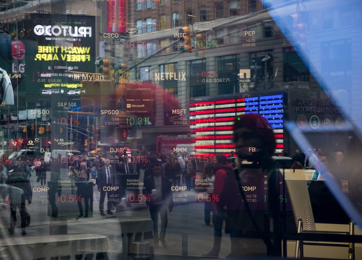 Trade War Threatens Best Emerging-Market Bond Gain in Decade