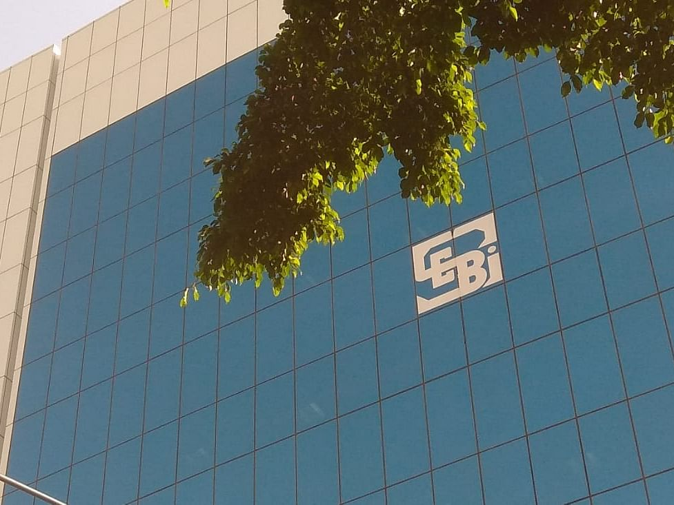 Court Asks SEBI, Centre To Respond To Plea Challenging Circular On Upfront Margin