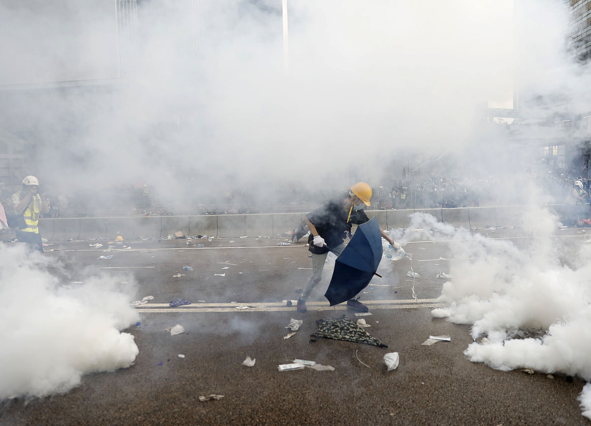 Hong Kong Locked in Extradition Stalemate After Protesters Face Tear Gas