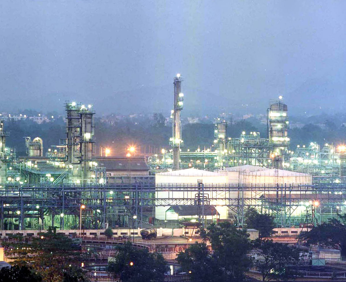 Digital Services, Petrochemicals Drive RIL's Q3 Profit