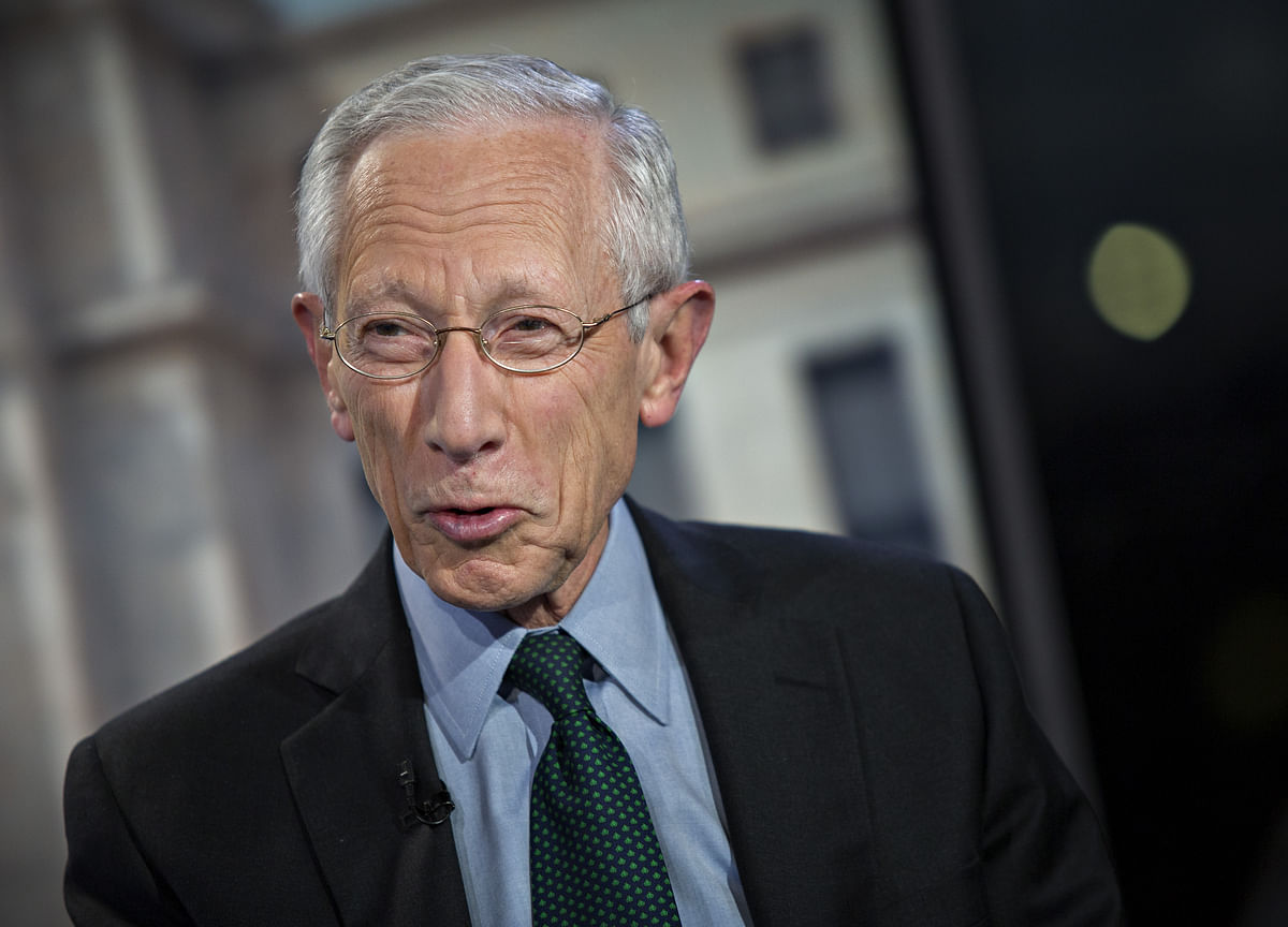 Stanley Fischer Says Powell Out If Trump Re-Elected in 2020