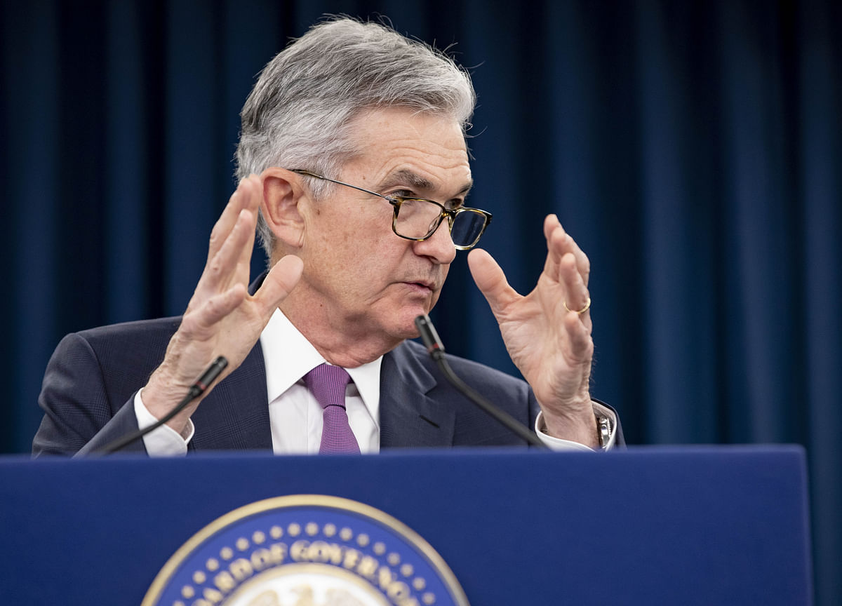 Powell Warns Recovery Highly Uncertain, Argues for More Aid