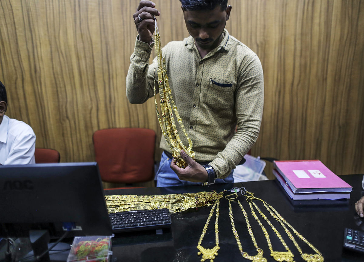 Gold Imports by India Jump in May as Prices Drop to Year's Low