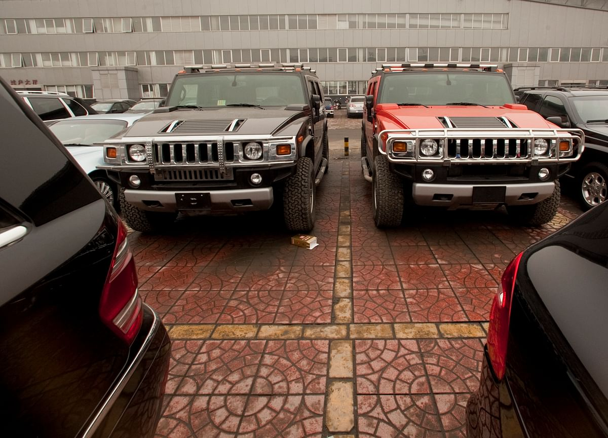GM Set to Revive Hummer Brand with Electric Truck and SUV