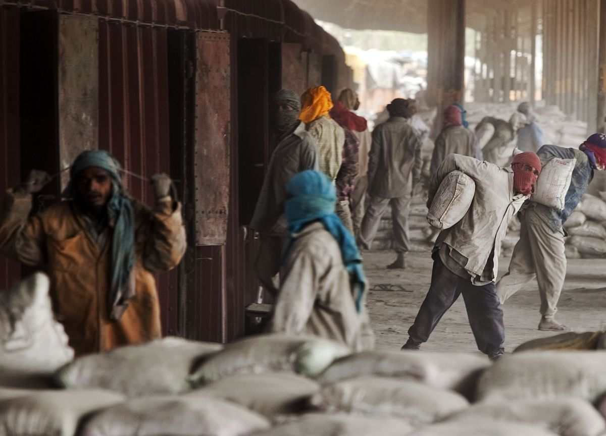 Emami Said to Pick Arpwood, Credit Suisse for Cement Unit Sale