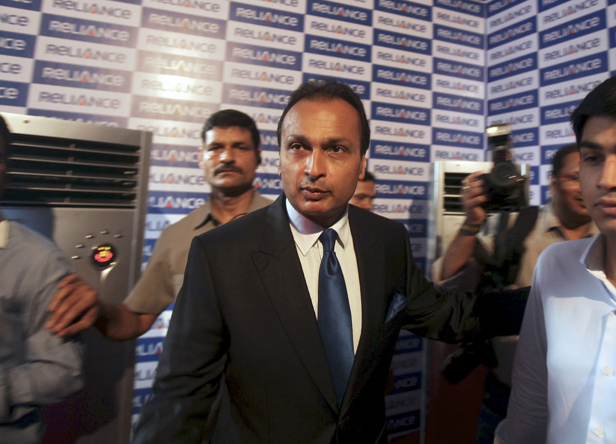 Anil Ambani Plans $3.2 Billion Asset Sales to Pare Big Debt