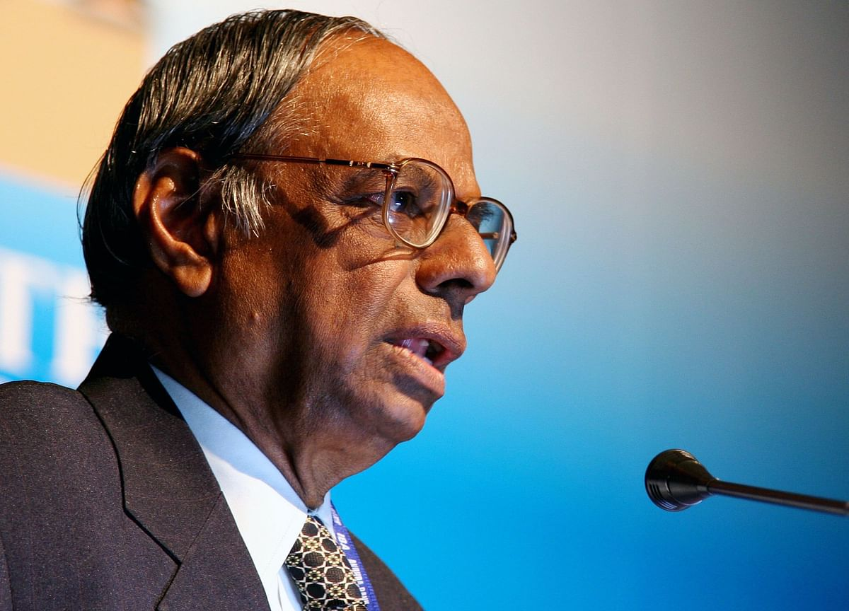 Budget 2019: Why Former RBI Governor Rangarajan Thinks Sovereign Foreign Currency Borrowing Is A Bad Idea