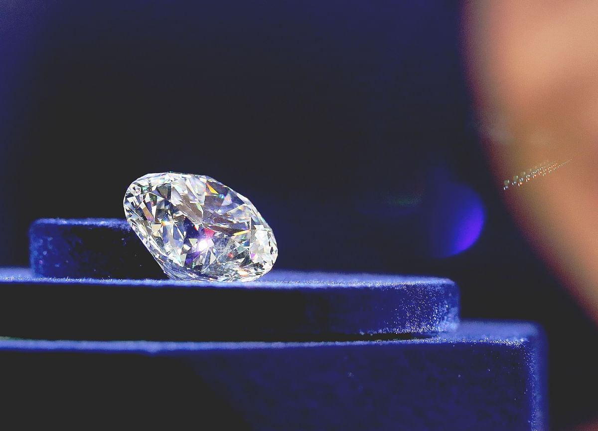 The Elite Club That Rules the Diamond World Is Starting to Crack