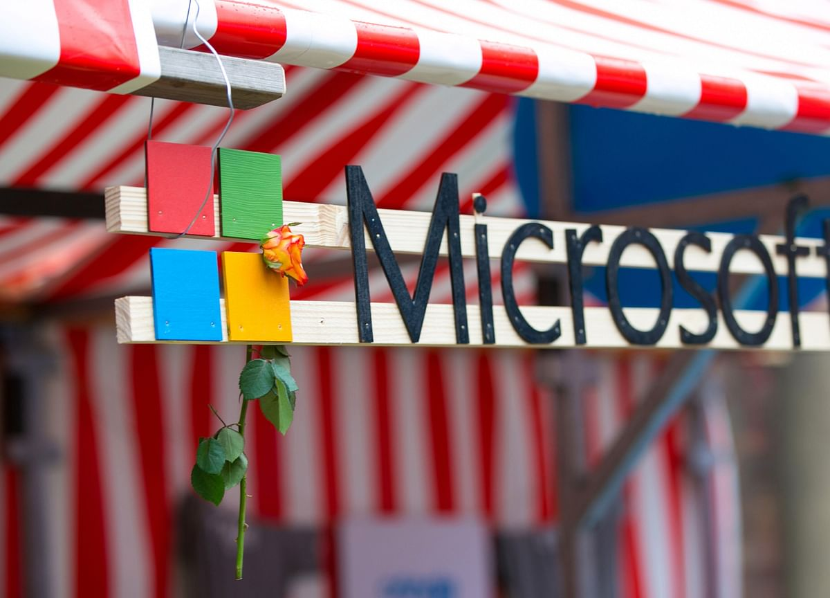 Microsoft Shares Rise to Record After Strong Earnings Report