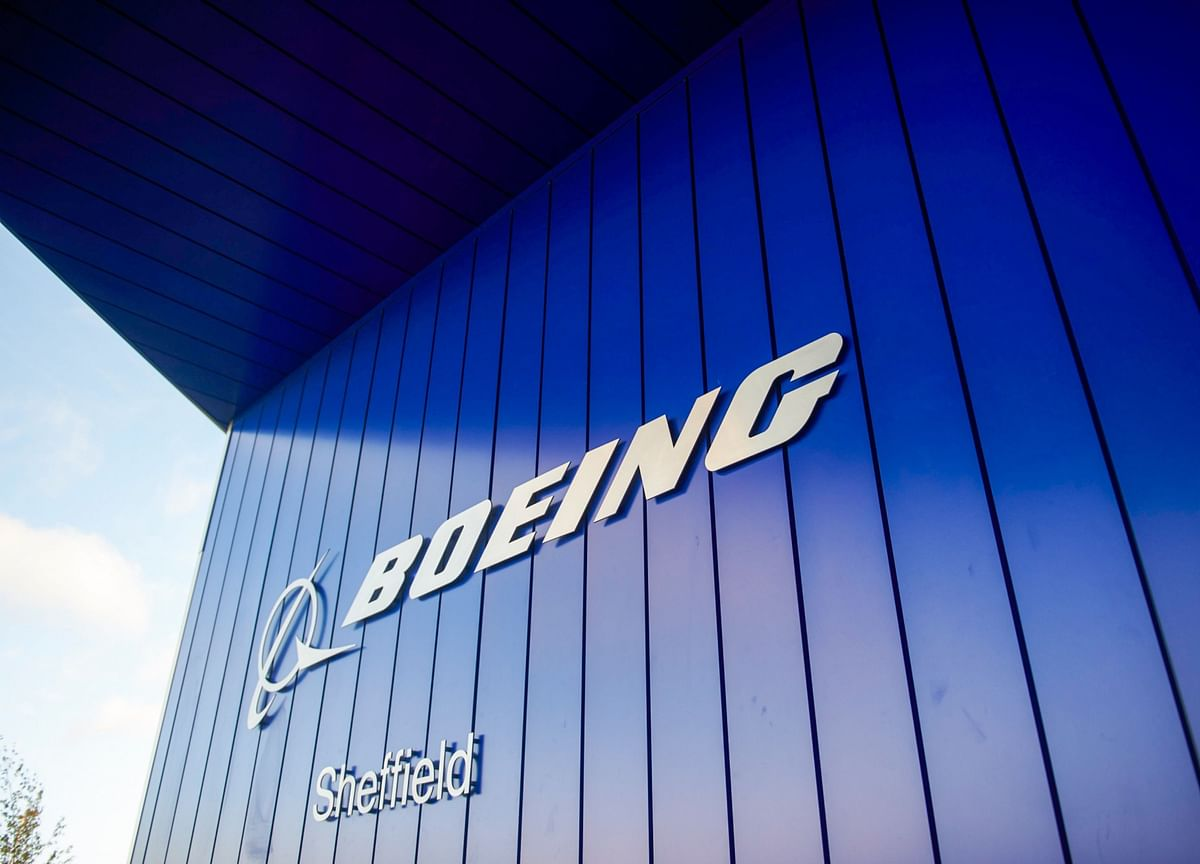Boeing's $2.8 Billion Awacs Plane Upgrade Slowed by Lab Closings