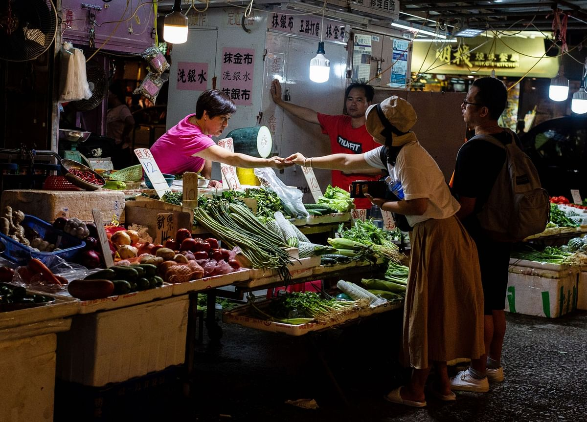 China's Economy Weakened Further in July, Early Indicators Show