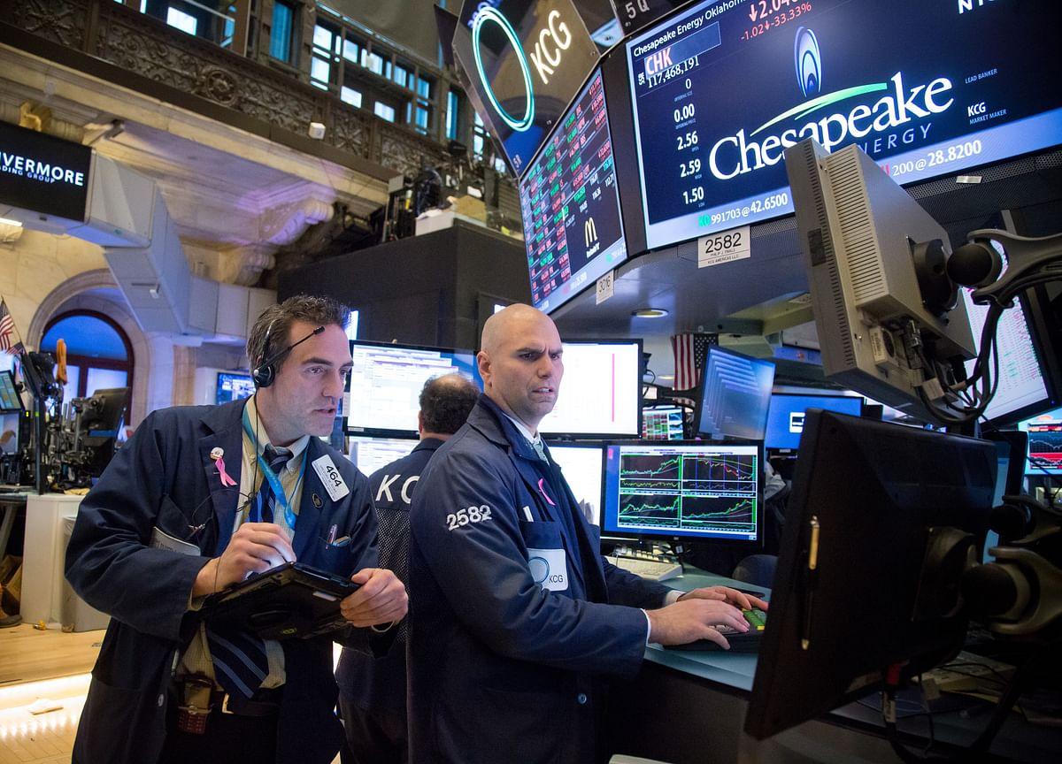 Stock Losses Deepen on Iran Tension; Dollar Climbs: Markets Wrap
