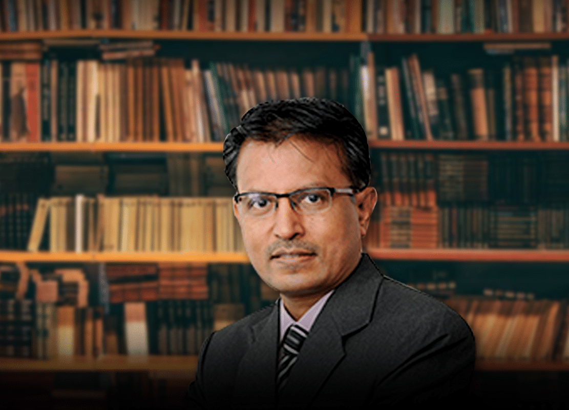 Market Lessons From A Veteran: A Look At Nilesh Shah's Reading List