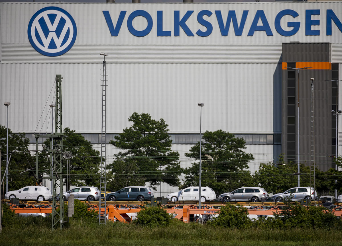 VW, Ford Extend Collaboration to Electric, Self-Driving Cars