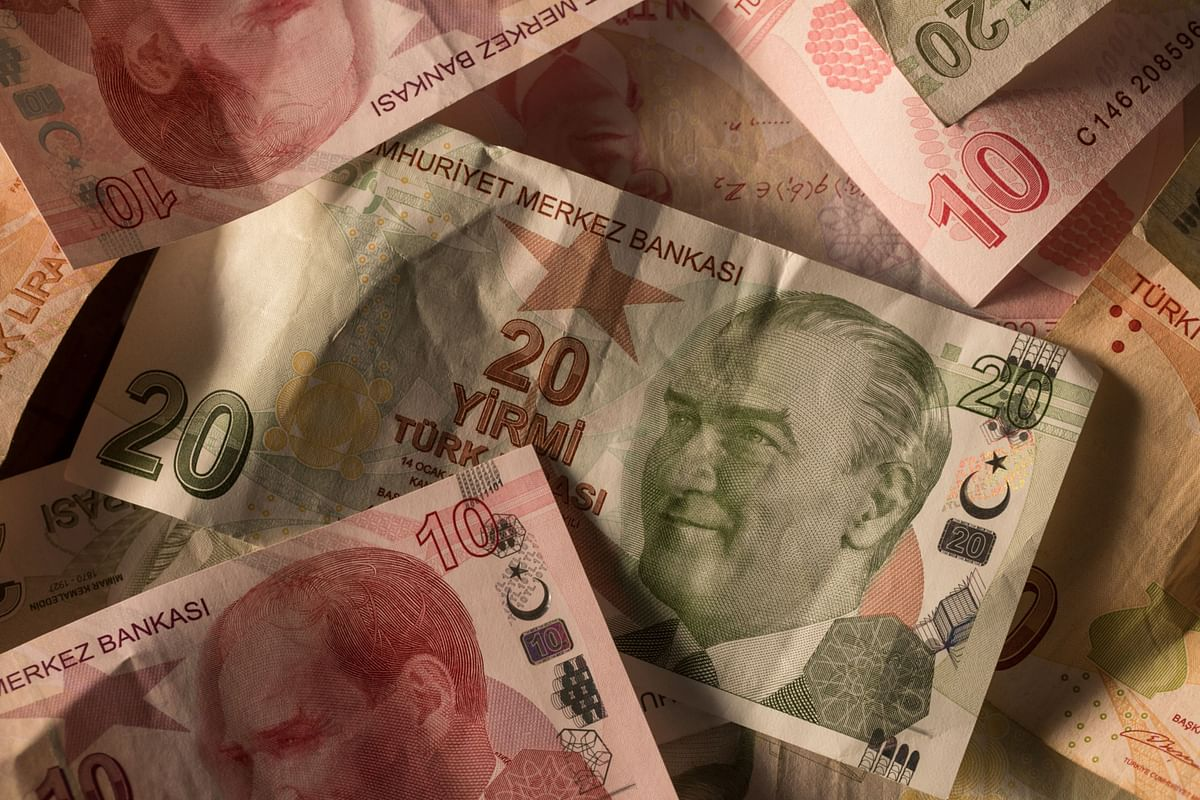 Lira Bonds May Soar Higher If Turkey Proves Right on Inflation