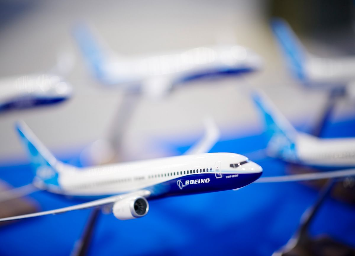 Boeing Warns It May Halt 737 Output If Max Grounding Drags On