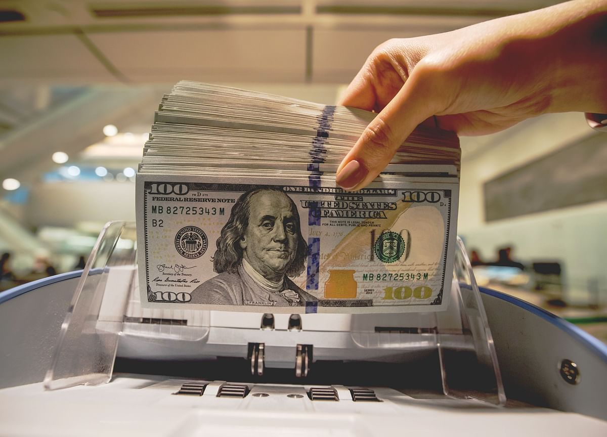 Why a Strong Dollar Causes Most of the World Major Pain