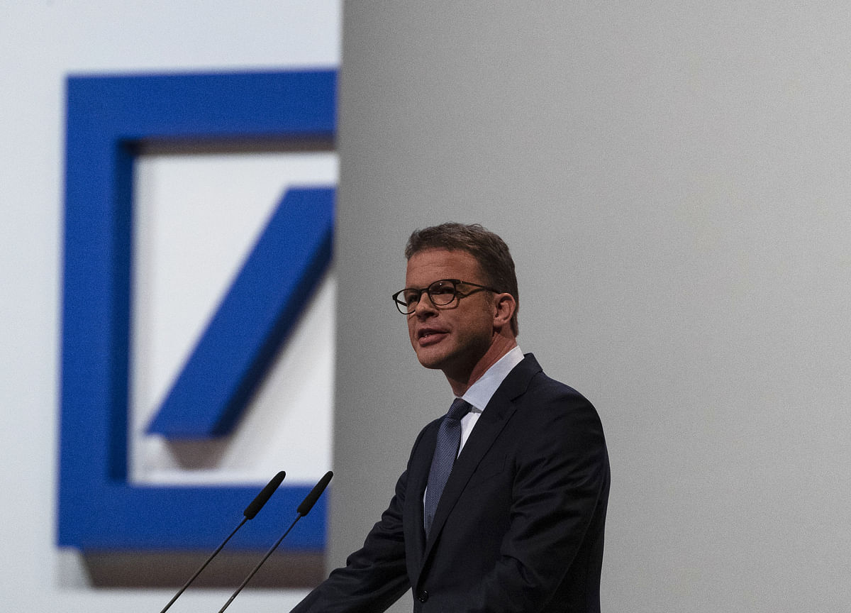 Deutsche Bank Plans Radical Surgery After CEO Runs Out of Options