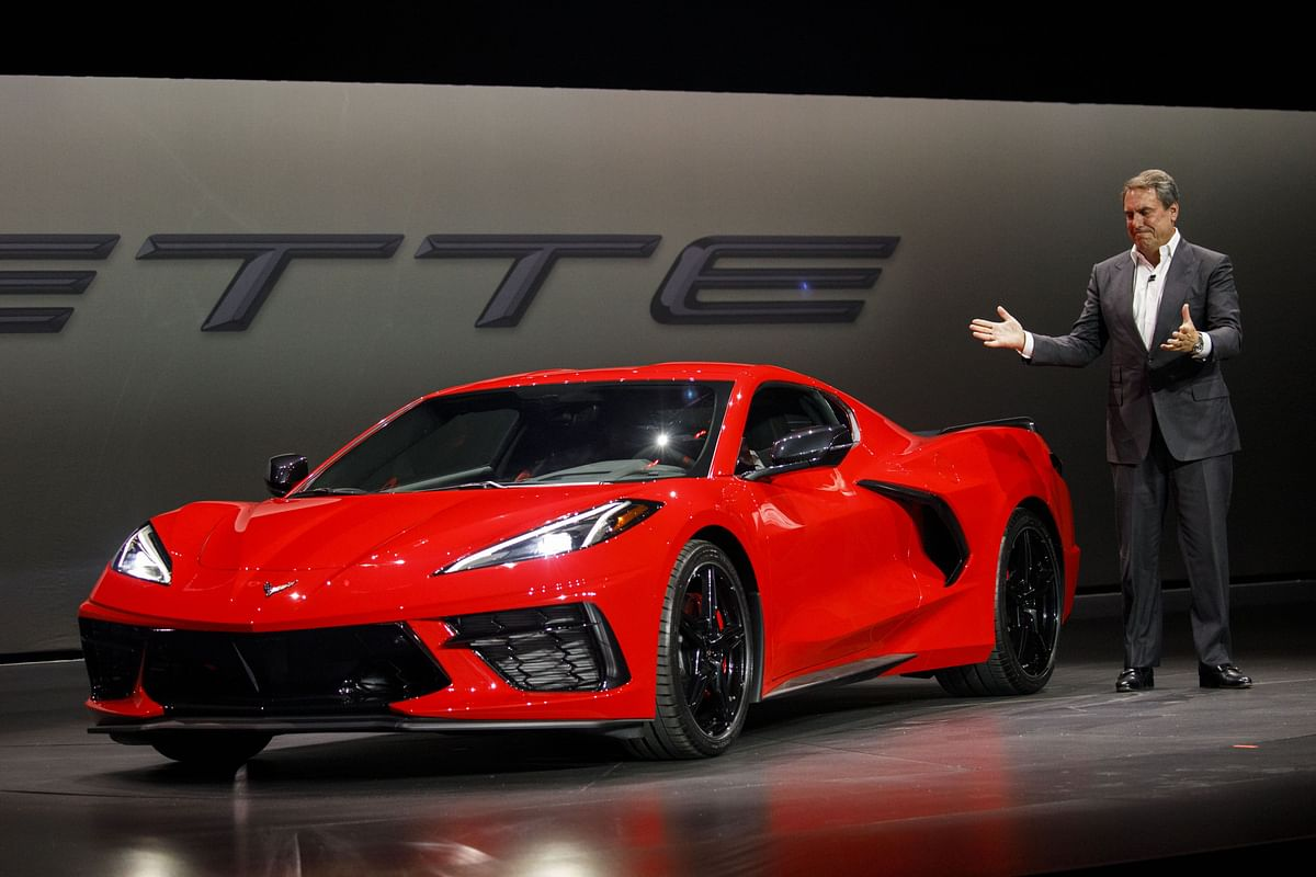 GM Defies Shrinking Sports-Car Market With Sub-$60,000 Corvette