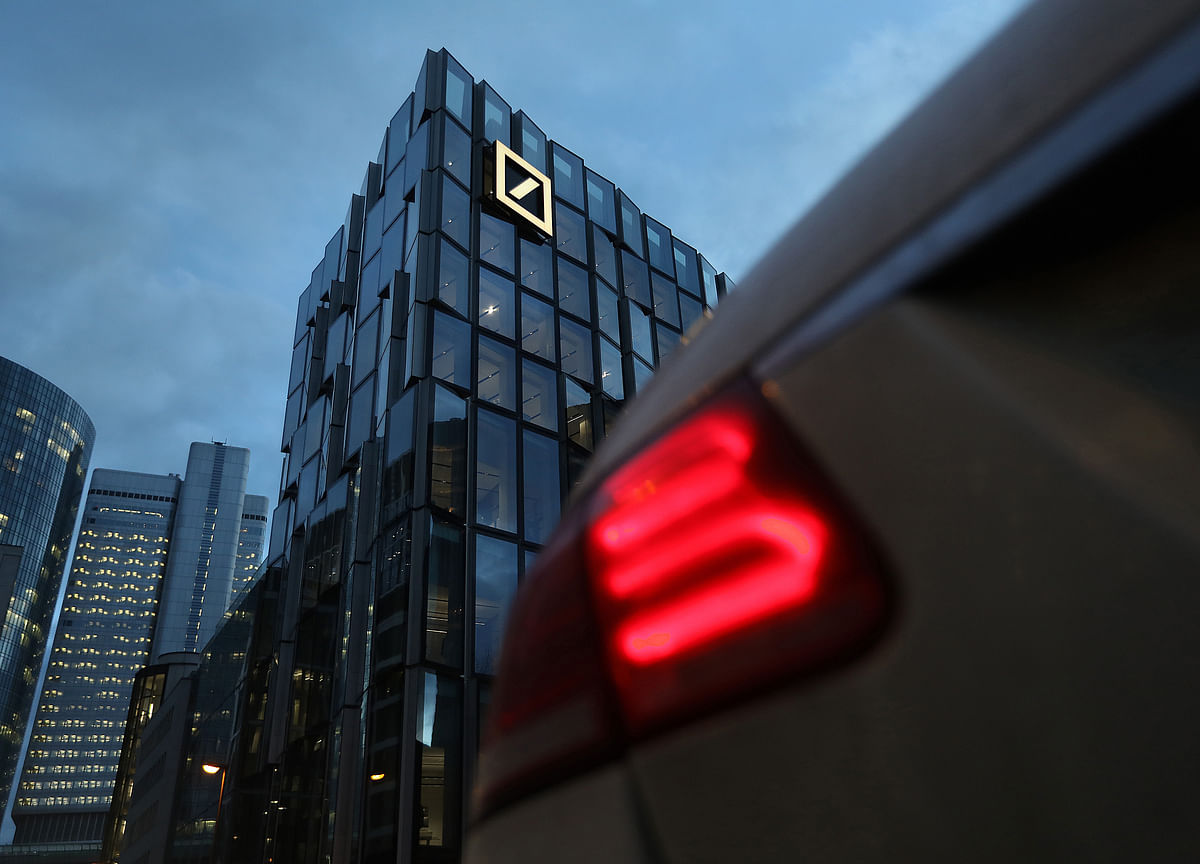 Deutsche Bank Explores Selling Unwanted Assets Amid Revamp