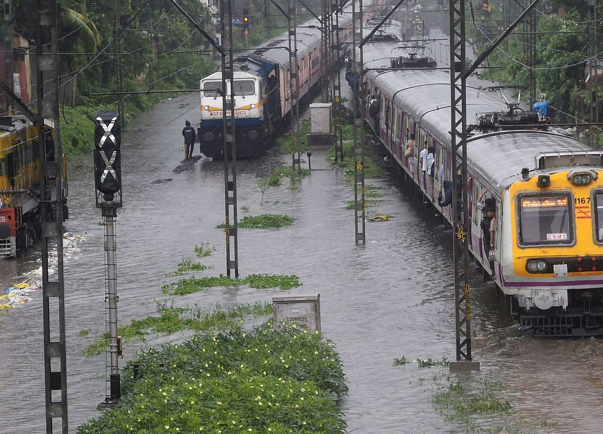 Mumbai Rains Live: Heavy Rains Return To Mumbai; Rail, Road Traffic Hit