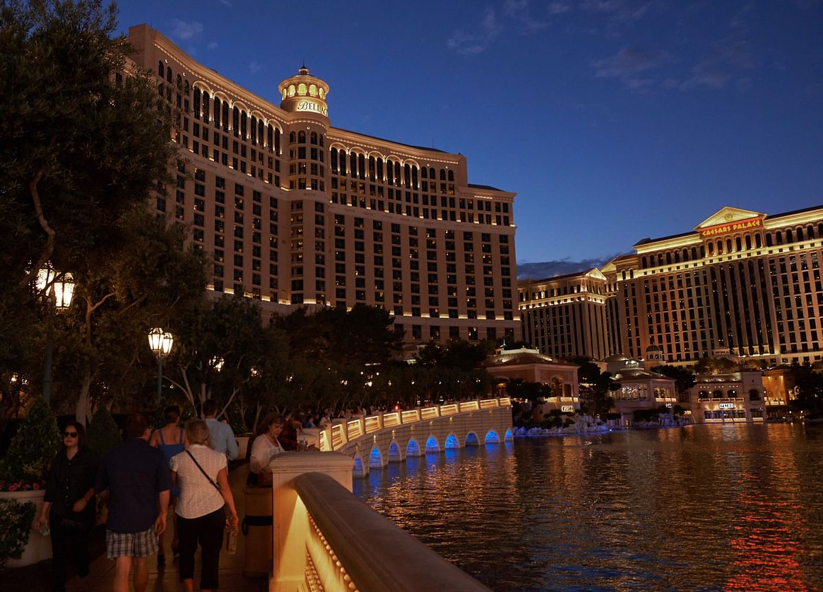 MGM Considers Sale and Leaseback of Top Resorts Like Bellagio