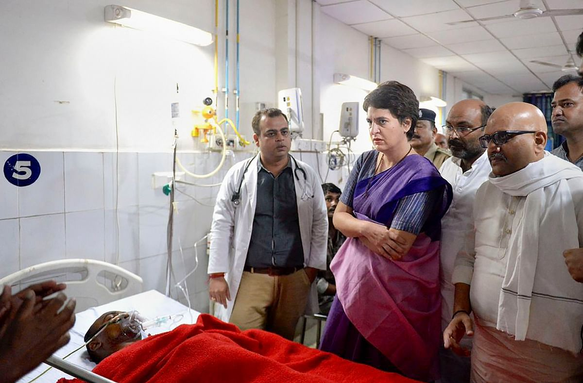 Congress General Secretary Priyanka Gandhi Vadra meets the victims of Sonbhadra incident, where�10 people were killed in a shootout this week�over a land dispute, at BHU Trauma Centre in Varanasi