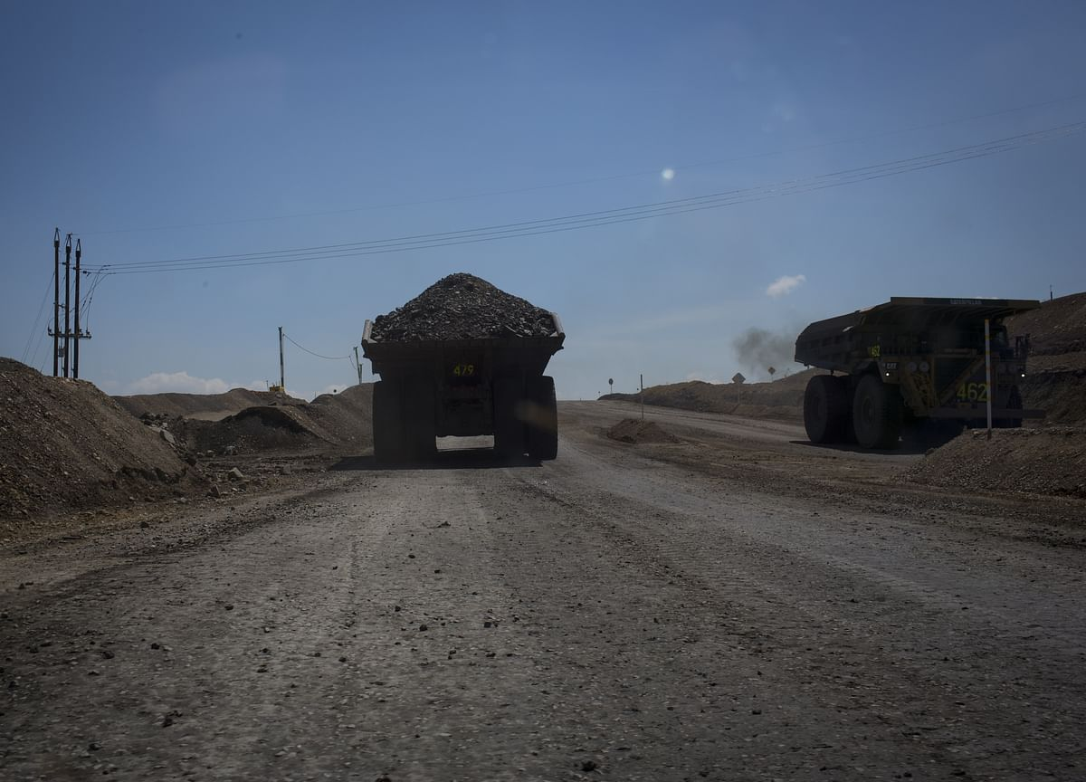 World's Largest Coal Miner Likely to Keep Dominating Indian Market