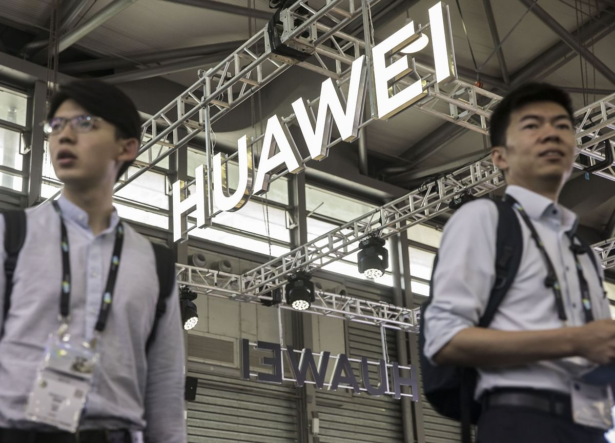 Huawei Hires Trade Lobbyists as Sales Slow in U.S.-China Fight