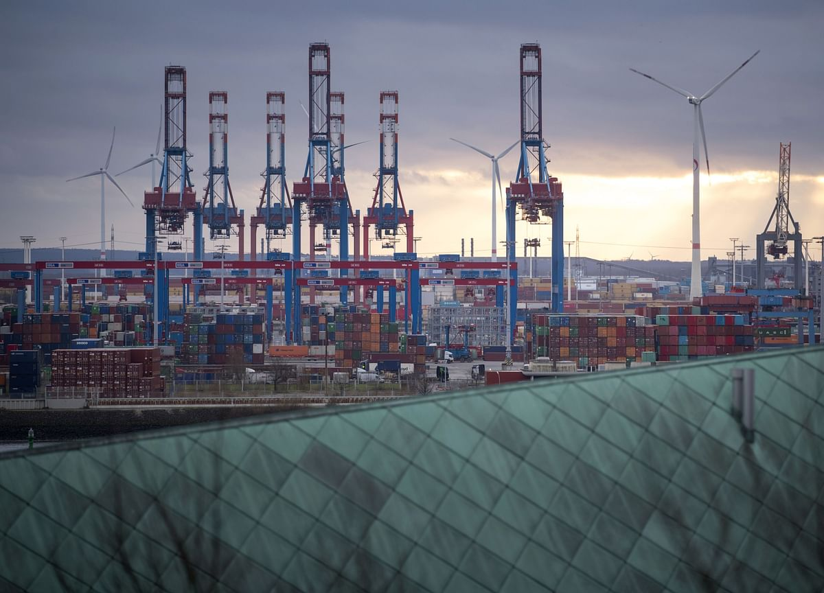 German Exports Slump Most in Three Years on Trade Conflicts