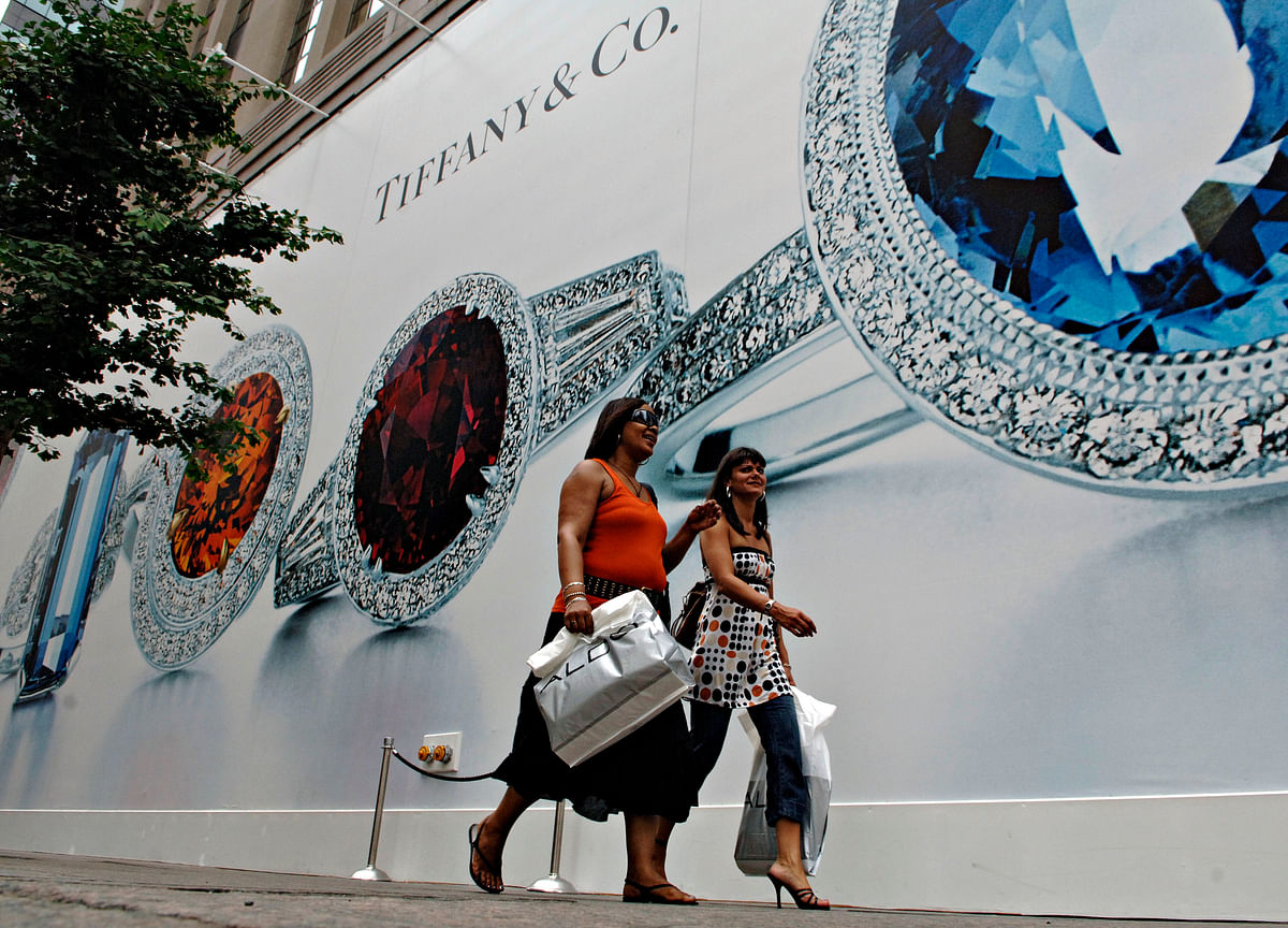 Louis Vuitton Owner Bid $14.5 Billion for Tiffany