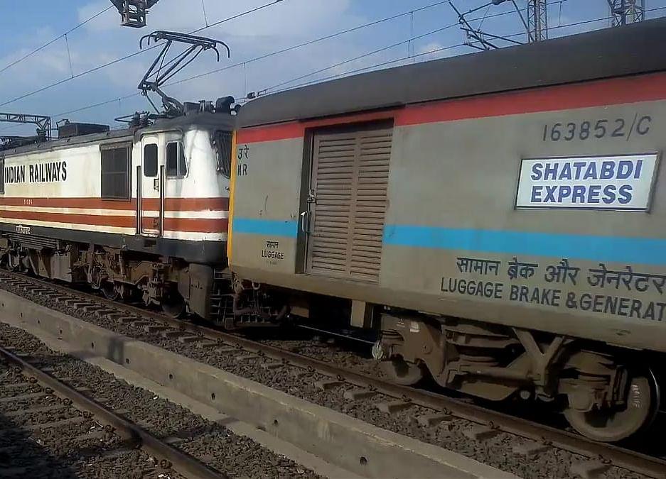 Fire In Coach Of Dehradun-Delhi Shatabdi Express, All Passengers Safe