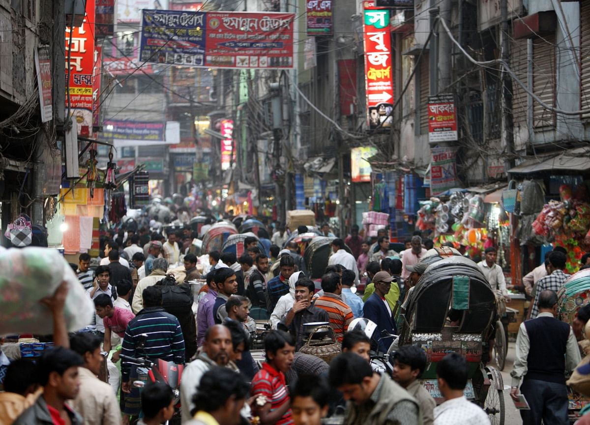 Delinquencies Jump After Bangladesh Central-Bank Move Backfires