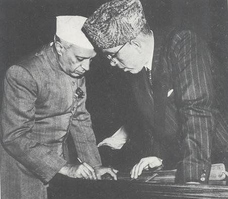 Jawaharlal Nehru and Sheikh Abdullah, in the Constituent Assembly of India. (Photograph: NMML/Government of India)