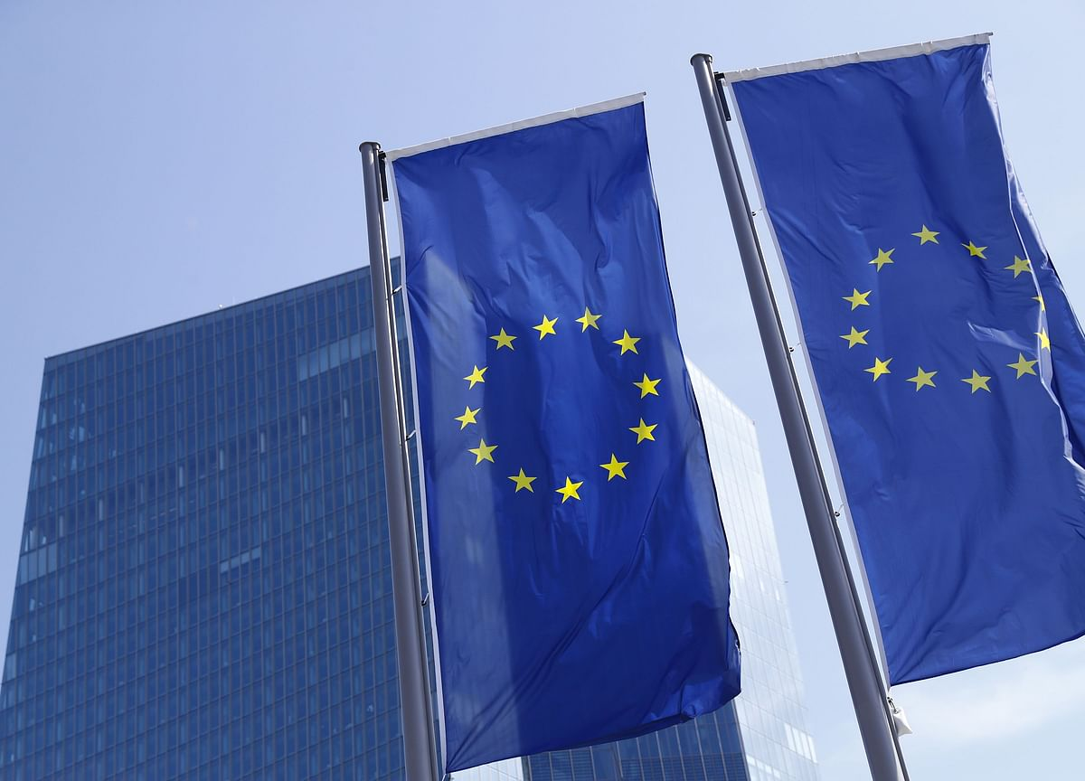 ECB's Knot Says Economy Doesn't Yet Warrant Resumption of QE