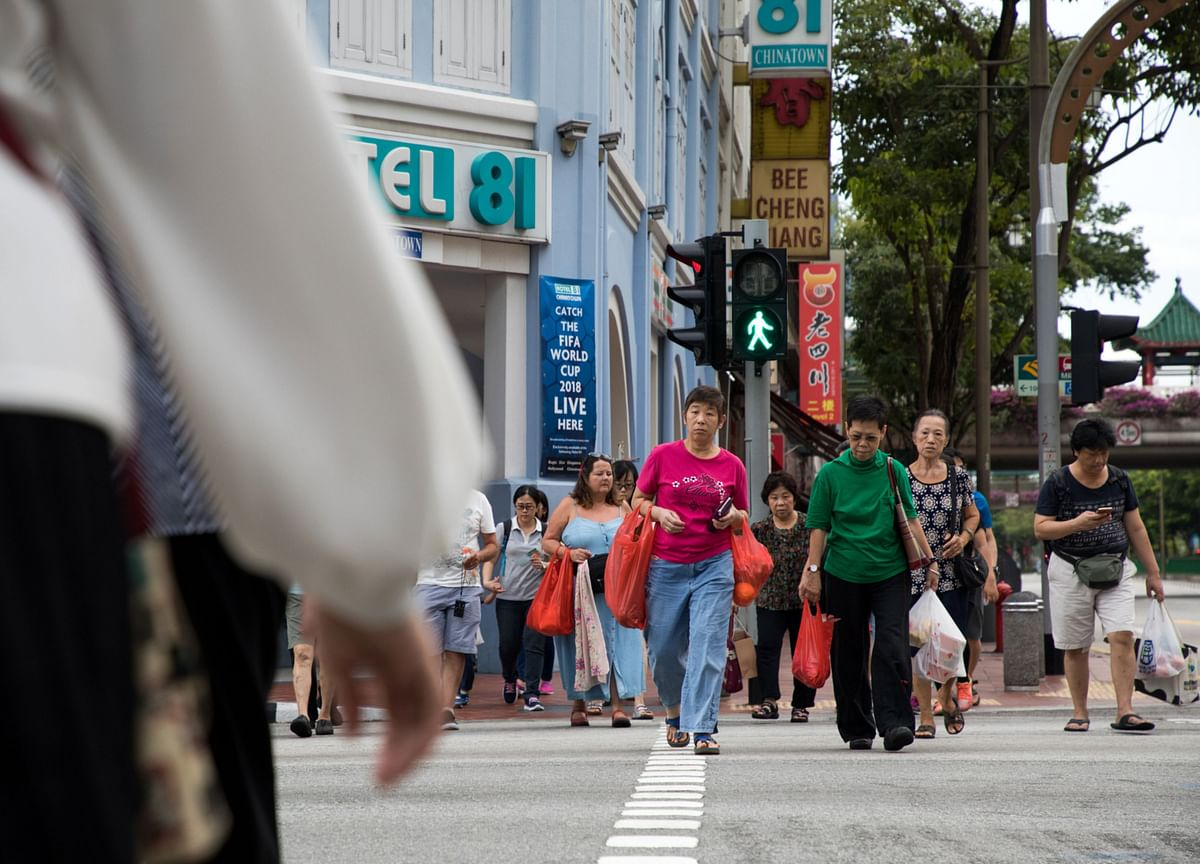 Why Ordinary Singaporeans Are Spending Faster Than the Rich