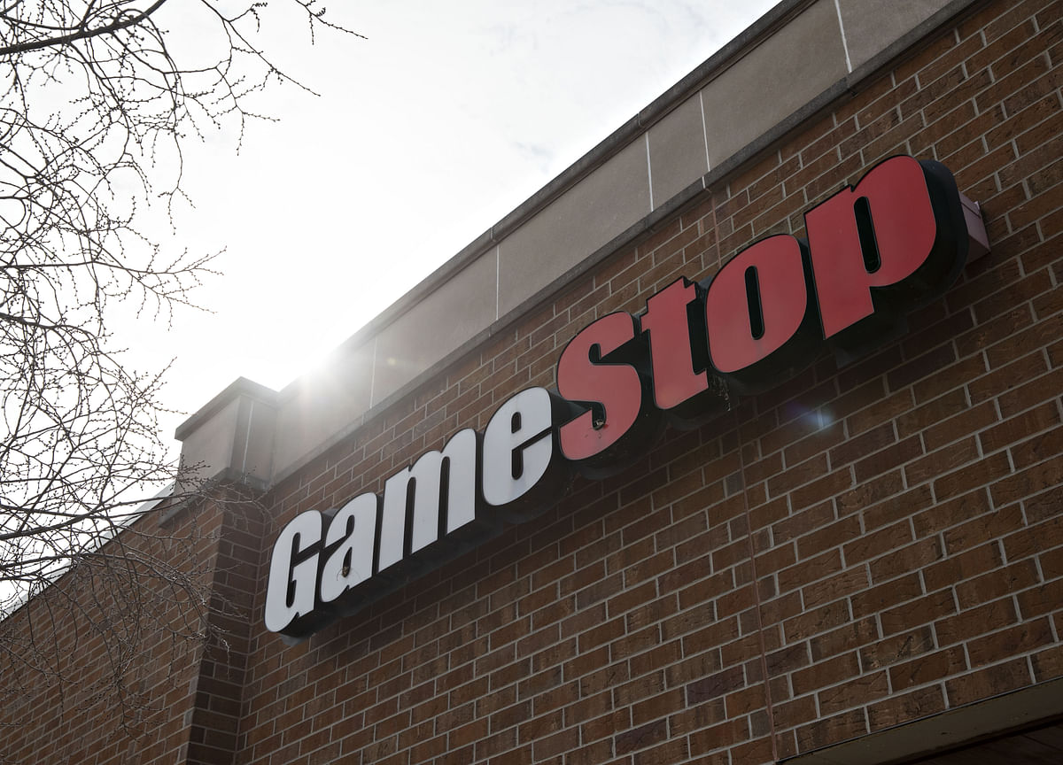 GameStop Frenzy Reaches Biden and Powell as Hedge Funds Squeezed