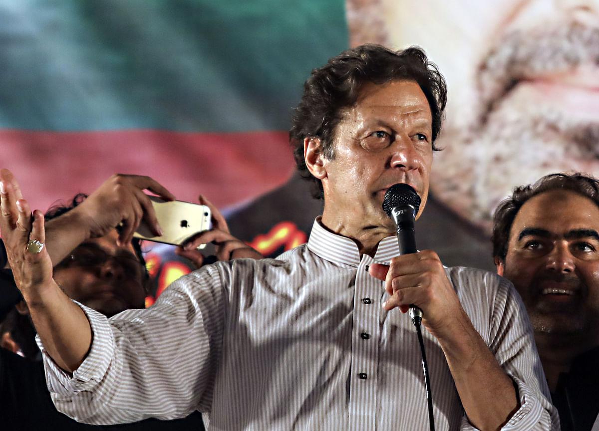 Pakistan's Imran Khan Vows to Raise Kashmir in All Global Forums