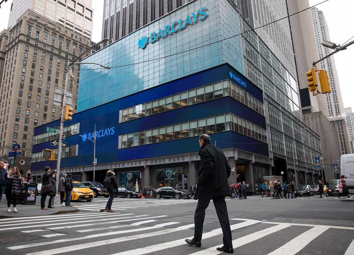 Barclays Forecasts Three More Fed Rate Cuts as Europe Slows