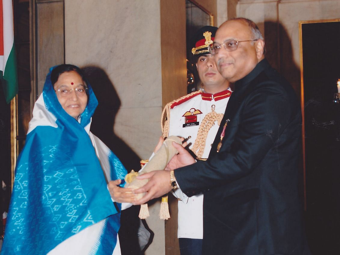 CK Prahalad receives the Padma Bhushan from President Pratibha Patil, at  Rashtrapati Bhavan, on March 31, 2009. (Photograph: Courtesy Prahalad Family)