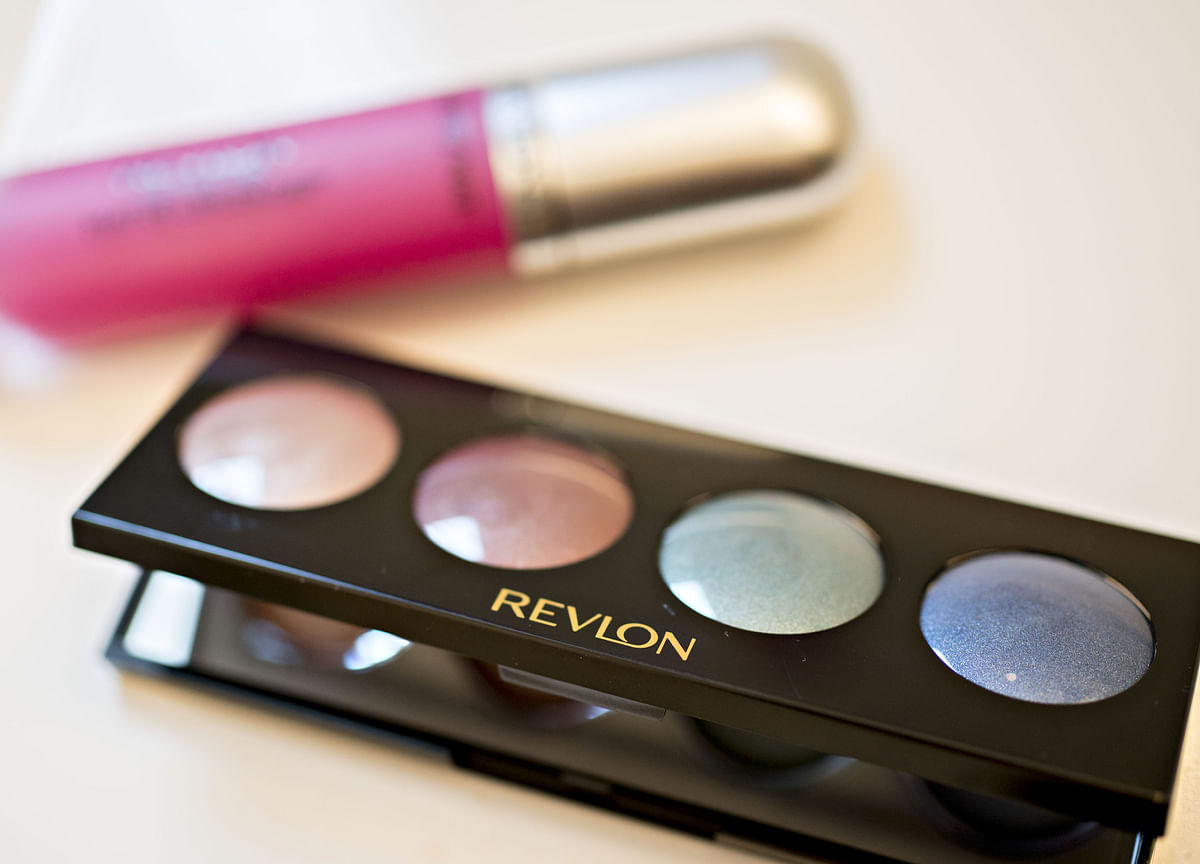 Revlon Plans to Approach Potential Bidders Next Month