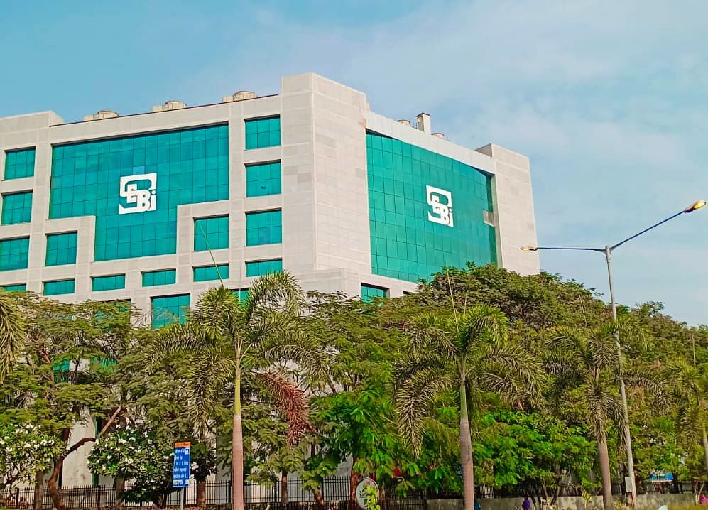SEBI Bars Officials Of Falcon Tyres, Dunlop India From Securities Market